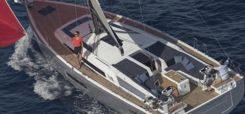 oceanis51.1-5cab-top.jpg