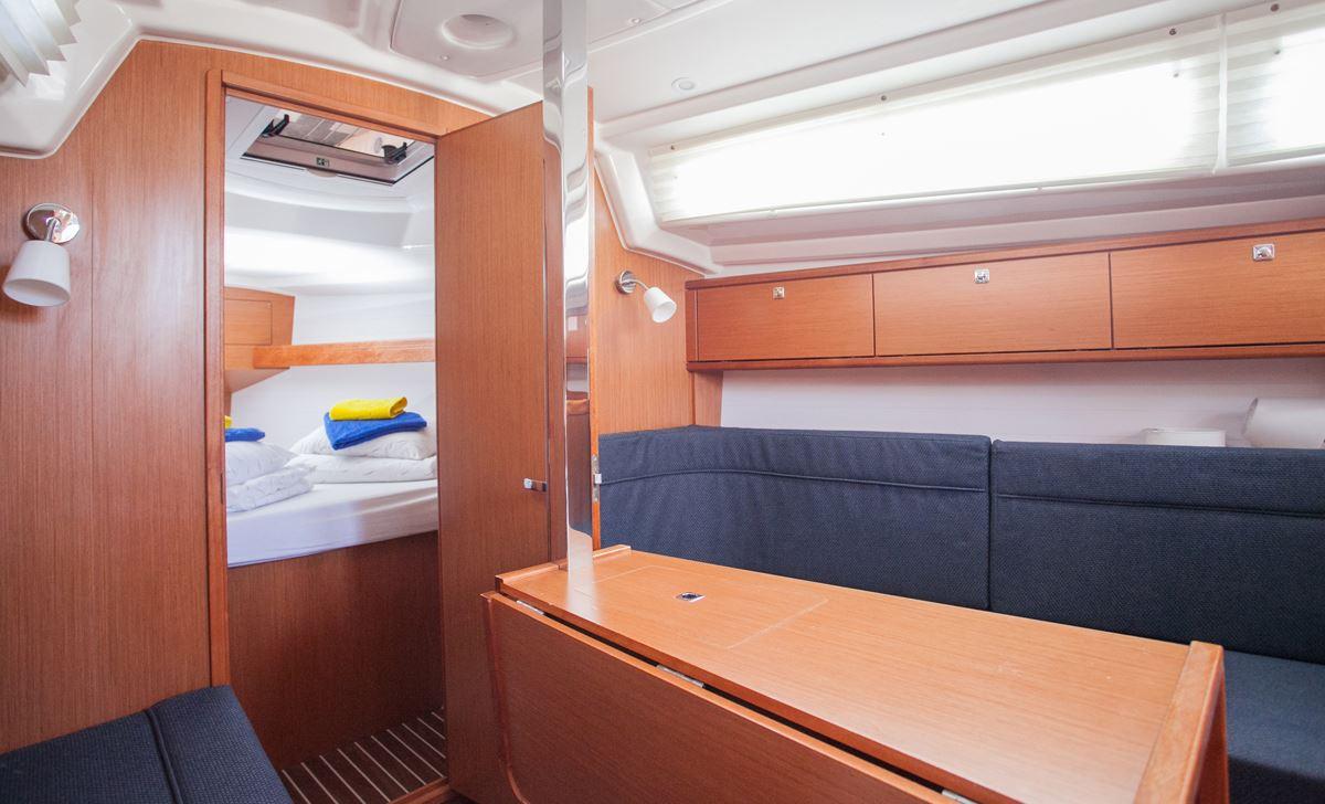 Bavaria Cruiser 34  14