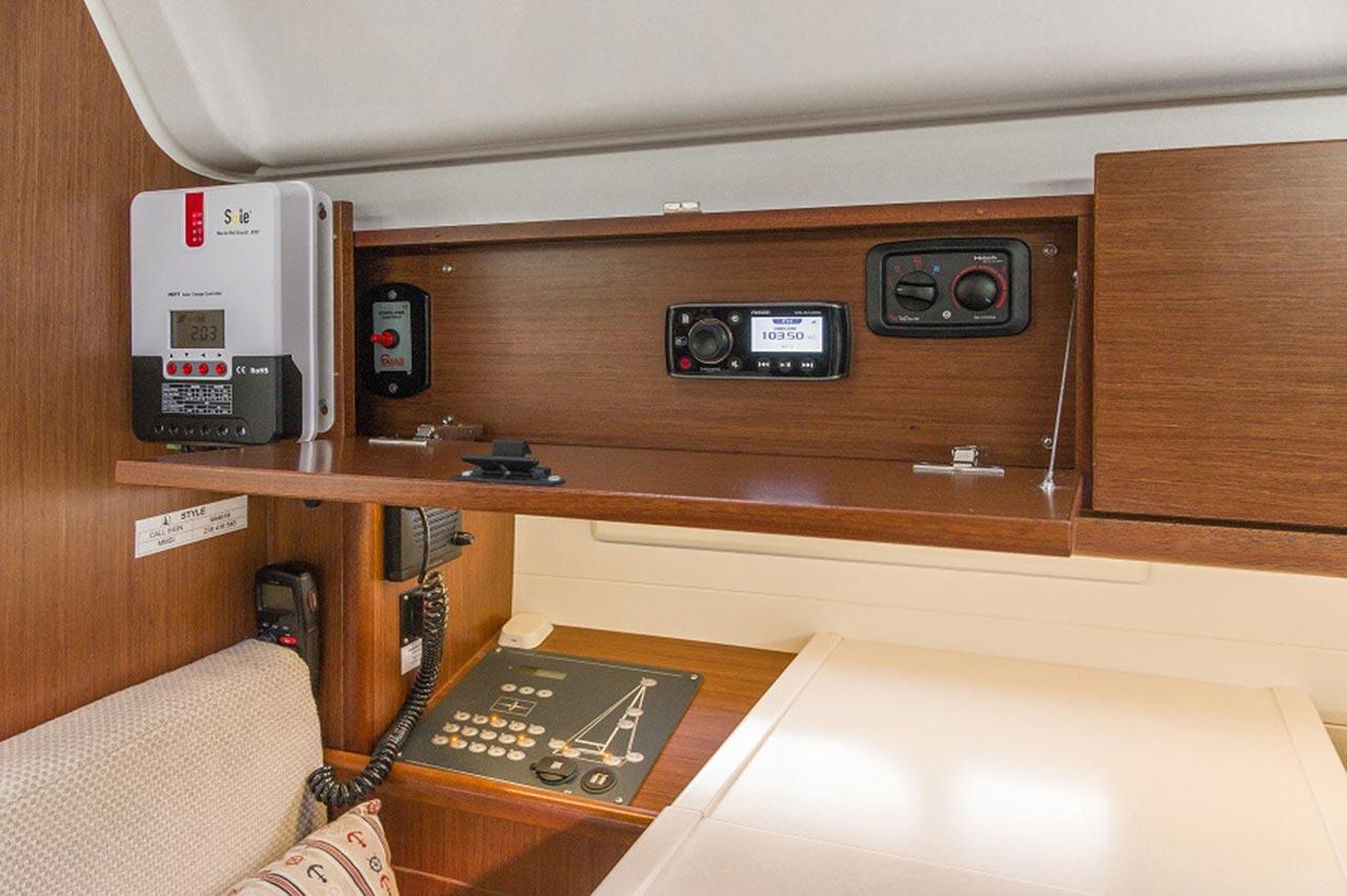 Bavaria Cruiser 51 Style  8