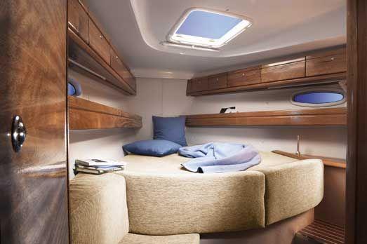 Bavaria-39-Cruiser-3cab-bed.jpg